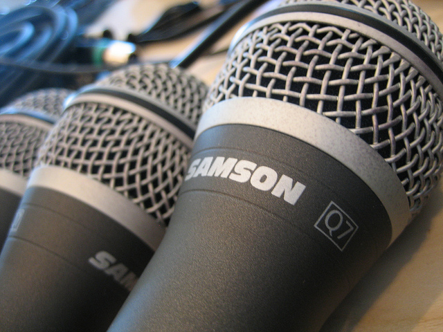 3 Ways to Record Multiple Onsite Podcast Hosts
